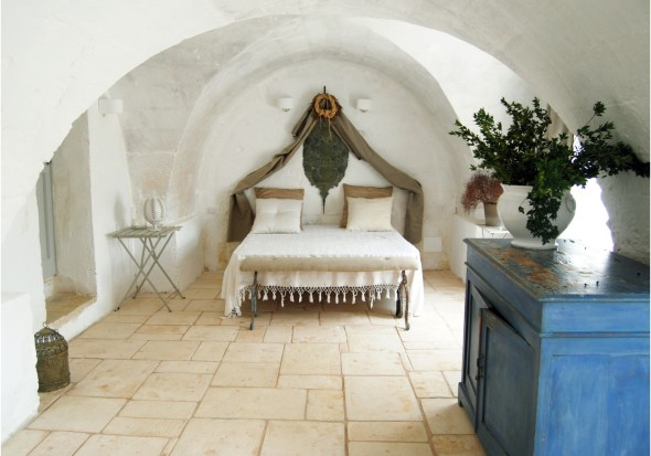 bedroom of masseria