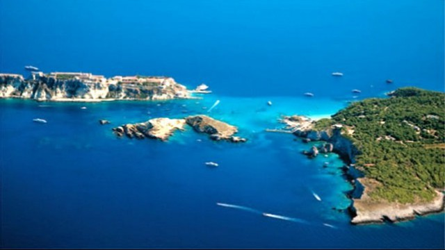 tremiti islands - places in Apulia
