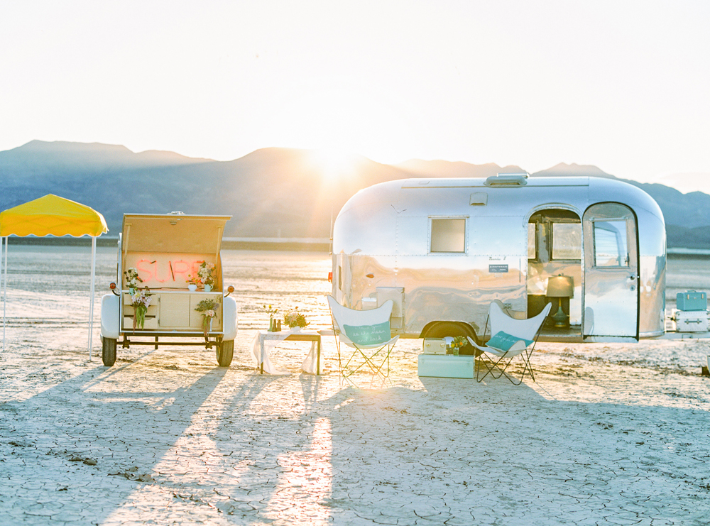 Classic Vegas elopements with a dash of retro-mod style, with a mobile trailer to get married anywhere in the city!